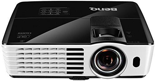 BenQ TH681 Full HD 3D DLP-Projektor (144Hz Triple Flash, 1920x1080 Pixel, Kontrast 13.000:1, 3000...